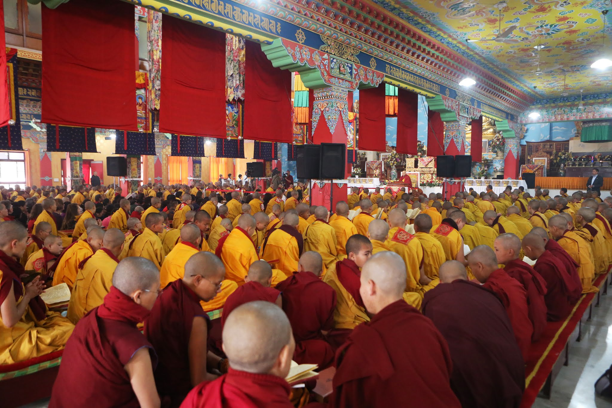 The Gyalwang Karmapa Teaches on Two Traditions of Taking Bodhisattva Vows and How We Actually Receive Them